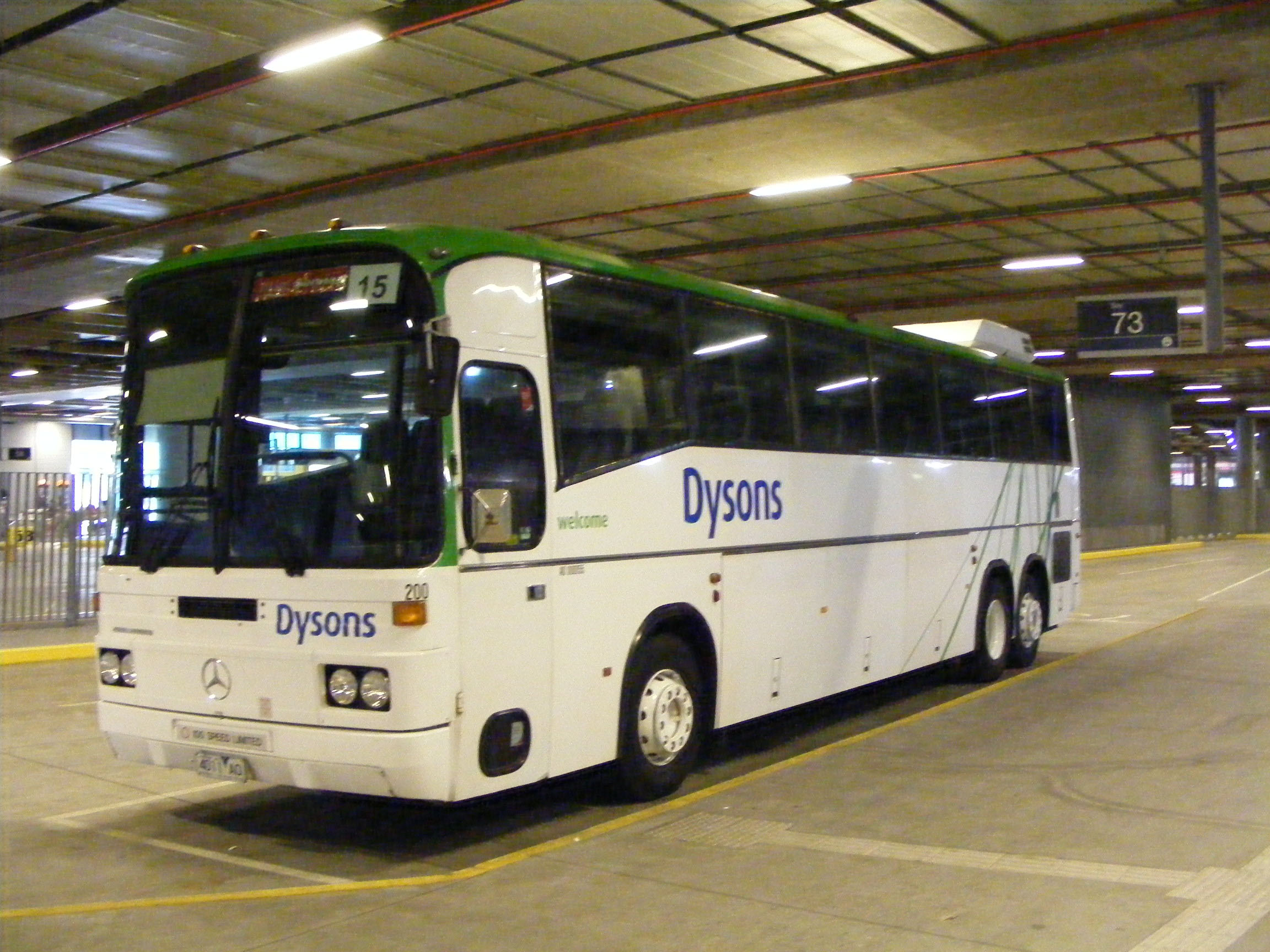 Dysons Mercedes O303