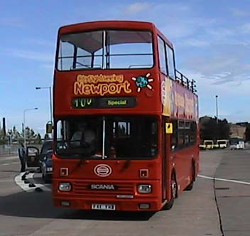 City Sightseeing Newport Scania